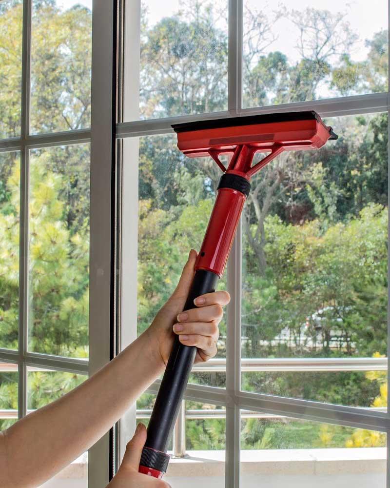 Fönsterputsning med ånga